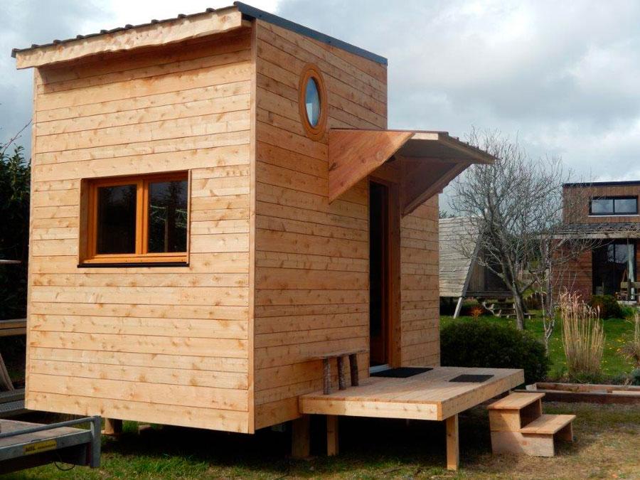 mini maison bois une minimaison capable de rsister 40c et nature dans un monde urbain. Black Bedroom Furniture Sets. Home Design Ideas