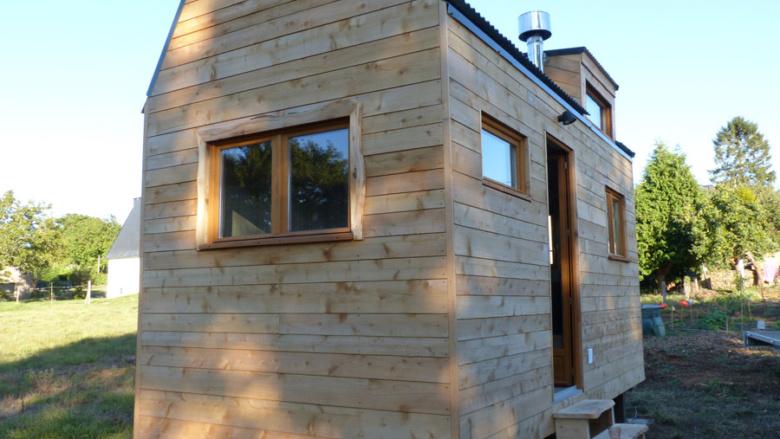tiny house Bretagne,, mini maison en bois sur roues