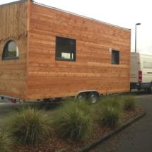 nouvelle belle tiny-house, mini maison en bois sur roues