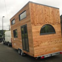 tiny-house-bretagne : mini maison en bois sur roues