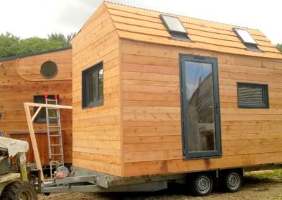 bretagne-petite-maison-en-bois-tiny-house