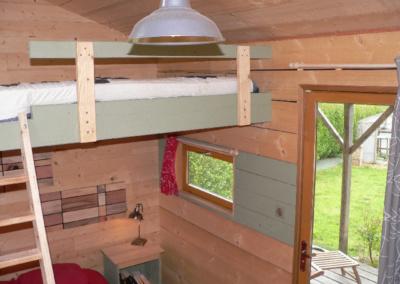 dormir-famille-petite-maison-en-bois-tiny-house