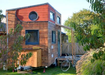 tiny-house-autonome-france-maison-bois