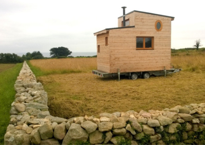 tiny-house-petite-maison-mobile-bois-a-vendre
