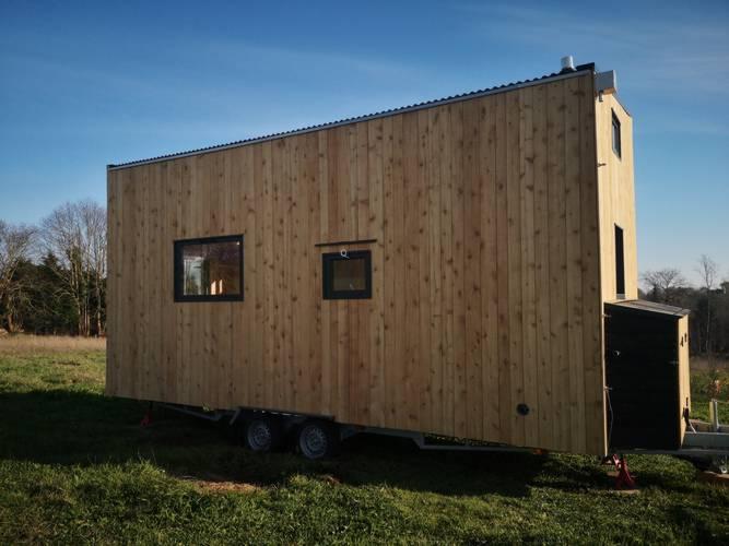 tiny-house-autonome-france-facade-arriere