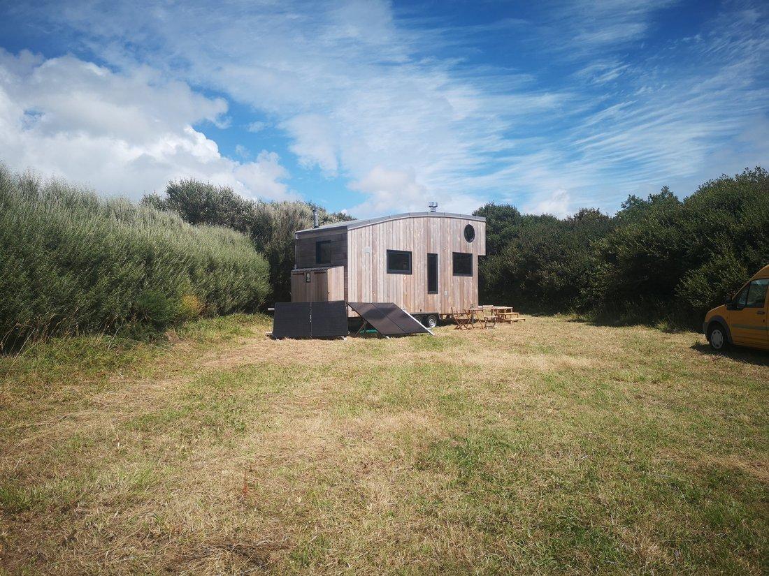 tiny house autonome en bord de mer, location à Telgruc dans le Finistère
